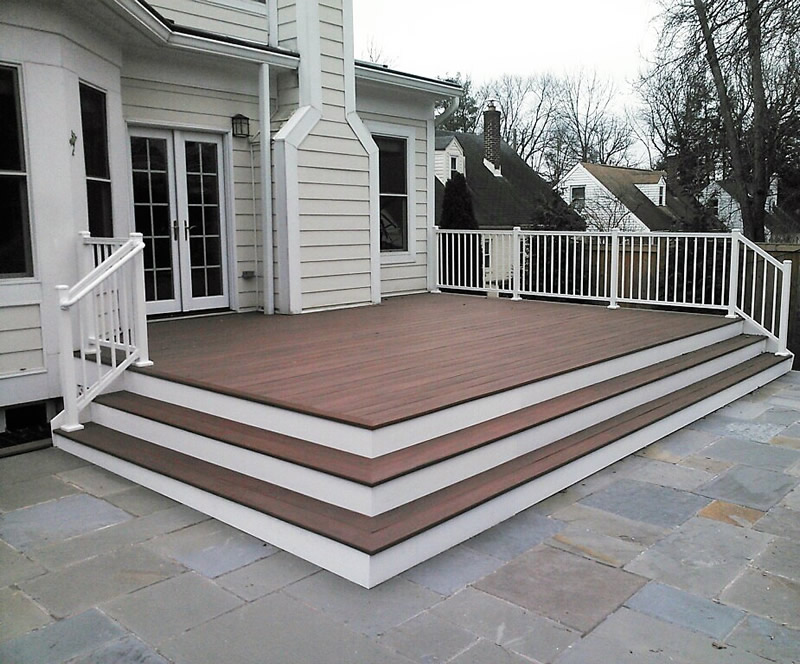 Capped Polymer Decking