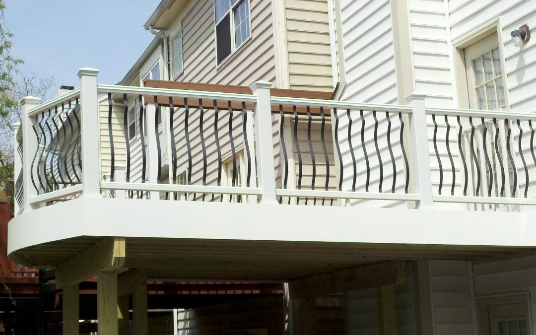 Choosing A Railing for Your Deck